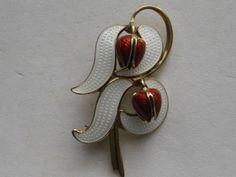 Red Tulips, Silver Brooch, Brooch Pin, Scandinavian, Flora, Silver Jewelry, Art Deco, Enamel, Leaves