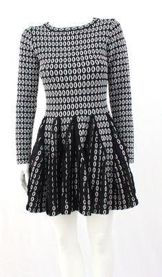187bdb56569 Alaia Inspired Black and White Long sleeves dress size M  Unbranded White Long  Sleeve Dress
