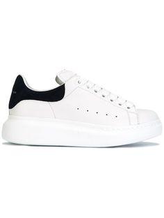 ALEXANDER MCQUEEN lace-up sneakers. #alexandermcqueen #shoes #flats