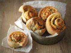 Pestohyrrät 20 Min, Scones, Pesto, Tapas, Muffin, Rolls, Baking, Breakfast, Breads