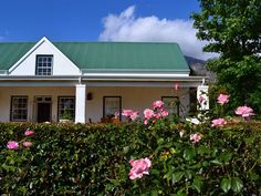 Trianon - Trianon offers luxuriously comfortable self-catering accommodation in the scenic town of Franschhoek.  It is ideal for groups looking to explore one of the Western Cape's most popular destinations.  There ... #weekendgetaways #franschhoek #southafrica