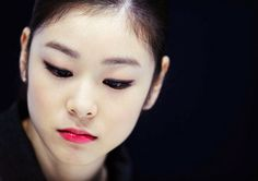 All of me Queen of ice yuna kim Kim Makeup, Kim Yuna, Beautiful Girlfriend, Korean Celebrities, Sport Girl, Figure Skating, Beautiful Women, Queen, Beauty