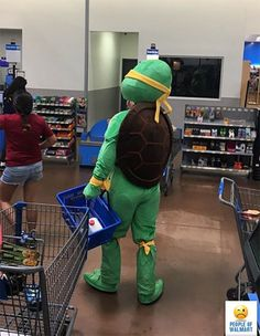 Check out these 31 weird and funny people of Walmart that you won't believe exist on this planet. You can laugh after seeing these funny Walmart pictures.