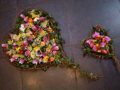 #rouwstuk in hartvorm. Van Nicole bij www.webloom.nl