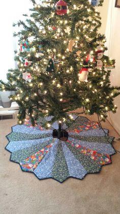 Christmas Tree Skirt, Quilted Christmas Tree Skirt, Holiday Tree Skirt