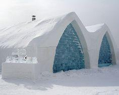 Hôtel de glace,Québec. Un de ces jours, j'irai y faire un tour.