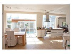 4 Bedroom House for sale in Melkbosstrand - P24-102033938