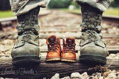 Sandra Fiorella♥: Baby Military Boots! Military maternity photography. USAF.