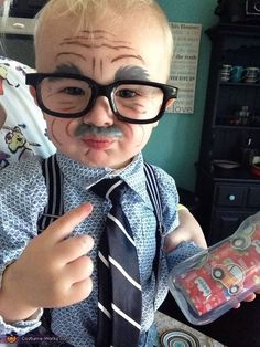 30 halloween costume ideas for kids!This year\'s largest selection of Halloween costumes for children are here! Gigantic selection of kids costumes and children\'s costumes in unusual and hard to . Old People Costume, Old Man Costume, Old Halloween Costumes, Fete Halloween, Halloween Costume Contest, Family Halloween, Costume Ideas, Halloween Halloween, Vintage Halloween