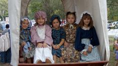 Pioneer Day is held the second Saturday in November. Volunteers and re-enactors demonstrate settler life in Stephen F. Austin's colony during the 1820s and early 1830s. Old-fashioned crafts, demonstrations, and period re-enactments bring the homestead to life.