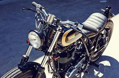1988 Yamaha SR400 by Salty Speed Co.