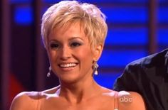 Kelly Picklers Hairstyle dwts | American Idol alum Kellie Pickler makes Dancing With The Stars ...