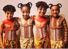 """This shows how the boys """"skirt"""" is centered in the front at the waist and goes thru the legs to the back of the waist, but the girls """"skirt"""" looks more like a wrap-around skirt. Lion King Musical, Lion King Broadway, Lion King Jr, Lion King Costume, Tribal Makeup, Young Simba, Musical Theatre Broadway, Simba And Nala, Lisa Bonet"""