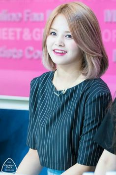 Clc Sorn short hair