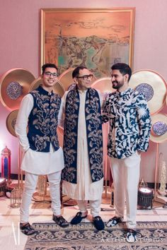 Family members co-ordinated in matching bridal menswear Wedding Kurta For Men, Wedding Dresses Men Indian, Indian Wedding Photos, Wedding Dress Men, Men Wedding Outfits, Punjabi Wedding, Indian Weddings, Wedding Suits, Wedding Couples