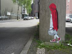 DECYCLE is a German based street artist who makes paste ups mostly in Berlin. He attends street art exhibitions and does it only cause he likes to. Street Art Banksy, Murals Street Art, Grafitti Street, Banksy Graffiti, Bansky, Urban Street Art, Best Street Art, Urban Art, Stencil Street Art