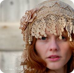 1920's style flapper wedding cap handmade from antique lace by Green Trunk Designs