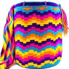 Australia Summer is here! Life full of colours. Filet Crochet, Crochet Stitches, Crochet Patterns, Crochet Ideas, Tapestry Bag, Tapestry Crochet, Yoga Mat Bag, Summer Is Here, Crochet Purses