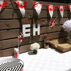 New Backyard Bbq Party Decorations Entertaining Ideas Canada Day Party, Canada Day 150, Happy Canada Day, Bbq Party Decorations, Party Themes, Party Ideas, Theme Parties, Churros, Happy Birthday Canada