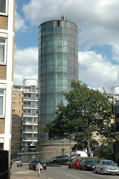Battersea Power Station, Pump House, River Thames, Old London, Small Island, Buckingham Palace, Churchill, Westminster, Passport