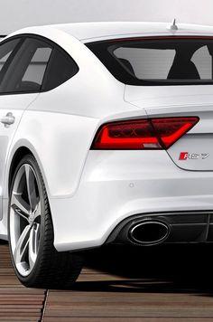 Audi RS7|More