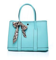 Nikki Satchel leather bag in Morning blue