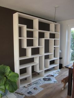 32 Stylish Bookshelf Design Ideas That Have An Essential Furniture In Your Home - Bookshelf furniture pieces are very interesting. Their main function, to store and keep books, is a simple yet very important one. Most people think t. Modern Bookshelf, Bookshelf Design, Bookshelves, Bookcase, Divider Design, Living Room Tv, Interior Design Living Room, Home Remodeling, Diy Furniture