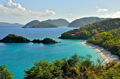 The Caribbean beaches of St John in the US Virgin islands are some of the best in the world. And some of the best are within a national park. American National Parks, Us National Parks, Saint John, Vacation Trips, Vacation Spots, Vacations, Vacation Ideas, Voyage Hawaii, Virgin Islands National Park