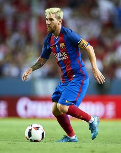 Lionel Messi of FC Barcelona in action during the match between Sevilla FC vs FC…