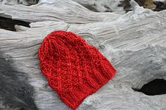 Mega Mell is a simple twisted stitch pattern.