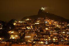 Twitter / DeFaukatrua: Favela da Rocinha a noite, ...