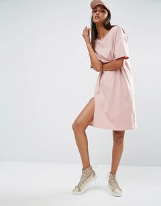 Find the best selection of One Day Tall Contrast Oversized Tshirt Dress With Split. Shop today with free delivery and returns (Ts&Cs apply) with ASOS! Dress Sketches, Fashion Sketches, Tomboy Fashion, Tomboy Style, Oversized Tee, Fashion Online, Contrast, Cold Shoulder Dress, Cute Outfits