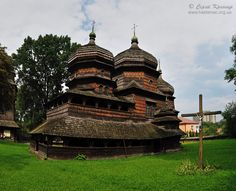 Ukrainian architecture:  #Ukraine #Travel Guide: Tourist Destinations, Sightseeing/Tours, Things-To-Do, Weather… http://www.goukraineexpat.info/toursthings-to-do