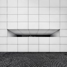 I really like this tiling on the floor. I think it'd look even better with moss growing in-between the tiles.  (Nick Frank via ISO50 Blog)