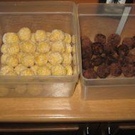 Fotografie receptu: Nepečené kokosové kuličky