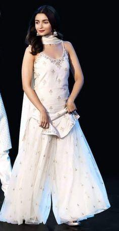 Kanchi Kora Double side big border with contrast pallu & brocade blouse. WhatsApp Maneeti - 9539820656 Kanchi Kora Double side big border with contrast pallu & brocade blouse. Sharara Designs, Kurti Designs Party Wear, Lehenga Designs, Pakistani Dress Design, Pakistani Dresses, Indian Dresses, Indian Lehenga, Indian Wedding Outfits, Indian Outfits