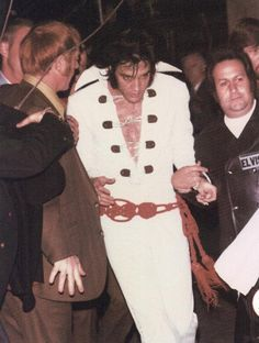 Leaving the stage after his show in San Diego, California on November 15, 1970.../ Exhausted, total performance on stage.