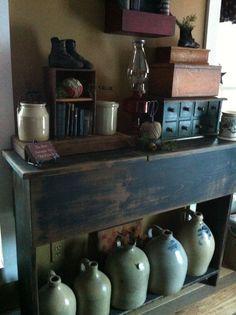 Primitive and rustic look Primitive Living Room, Primitive Furniture, Primitive Antiques, Country Primitive, Primitive Decor, Prim Decor, Country Decor, Rustic Decor, Country Homes