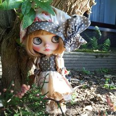 Look who I found, hidden in the garden  #blythedoll #doll #dollstagram #instadoll #blythe #mapoupeecherie #customblythe