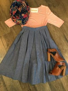Super Dress Modest Church Scarfs Ideas Source by outfit fall modesty Mode Outfits, Skirt Outfits, Casual Outfits, Gossip Girl Fashion, Look Fashion, Womens Fashion, Fashion 2018, Fashion News, Mode Style