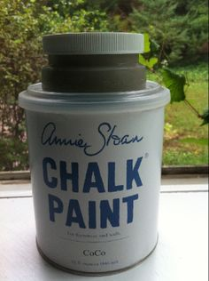 TIP:  To properly mix this artisan paint.  Before you open the can, turn the Chalk Paint can upside down and leave it for about 20-30 minutes.  Then shake the can to mix up the ingredients.  Finally, if necessary, stir the paint.