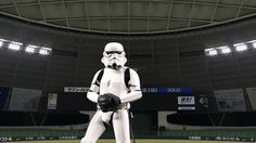 Vader always chokes up on the bat.