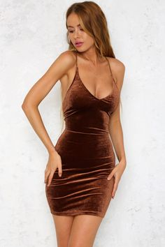 Step out in confidence in the on-trend Winona Dress! We love styling this stunning dress with lace-up heels to match the back and finish it off with a velvet choker 15 Dresses, Cheap Prom Dresses, Sexy Dresses, Backless Mini Dress, Bodycon Dress, Girls In Mini Skirts, Beautiful Girl Image, Brown Dress, Stunning Dresses