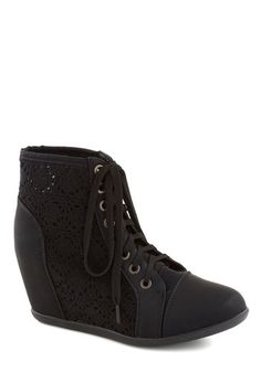 Enchanté Crochet Bootie, #ModClothStyle $44.99 like for reals but its worth it