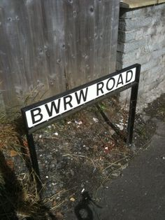 The 28 Most Wonderfully Welsh Things That Have Ever Happened Cardiff Wales, Cymru, Shit Happens, Places, Welsh Rugby, Adam Jones, Hetalia, Buzzfeed, Lush