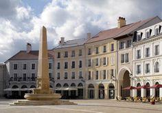 Place de Toscane, Val d'Europe, Serris, France - Pier Carlo Bontempi