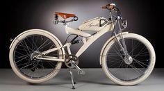 電動自転車のデザインで大きなポイントになるのが「バッテリー」の行き場所。どうしてもスペースをとるし、野暮ったくなりがち。そんな悩みを、1950年代の古いバイクパーツ(主に燃料タンク)を使ってレトロなデザインに仕上げてしまったのが、Agnelli MILANO BICIというイタリアメーカーです。バッテリーはフレームを合わせたレトロなタンクの中に収納することで、うまくデザインに溶け込んでいます...