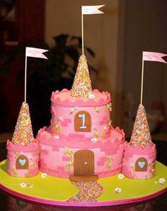 gorgeous castle cake