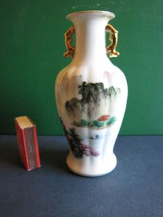 Vintage pottery Home Decor Collectibles Old Vase Made in CHINA #328