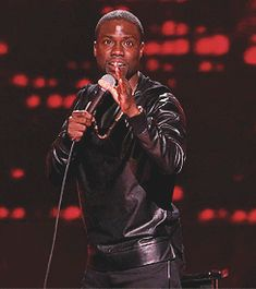 That time a friend at work started talking about a dream they had. | 10 Times Kevin Hart Was Thinking Exactly What You Were Thinking